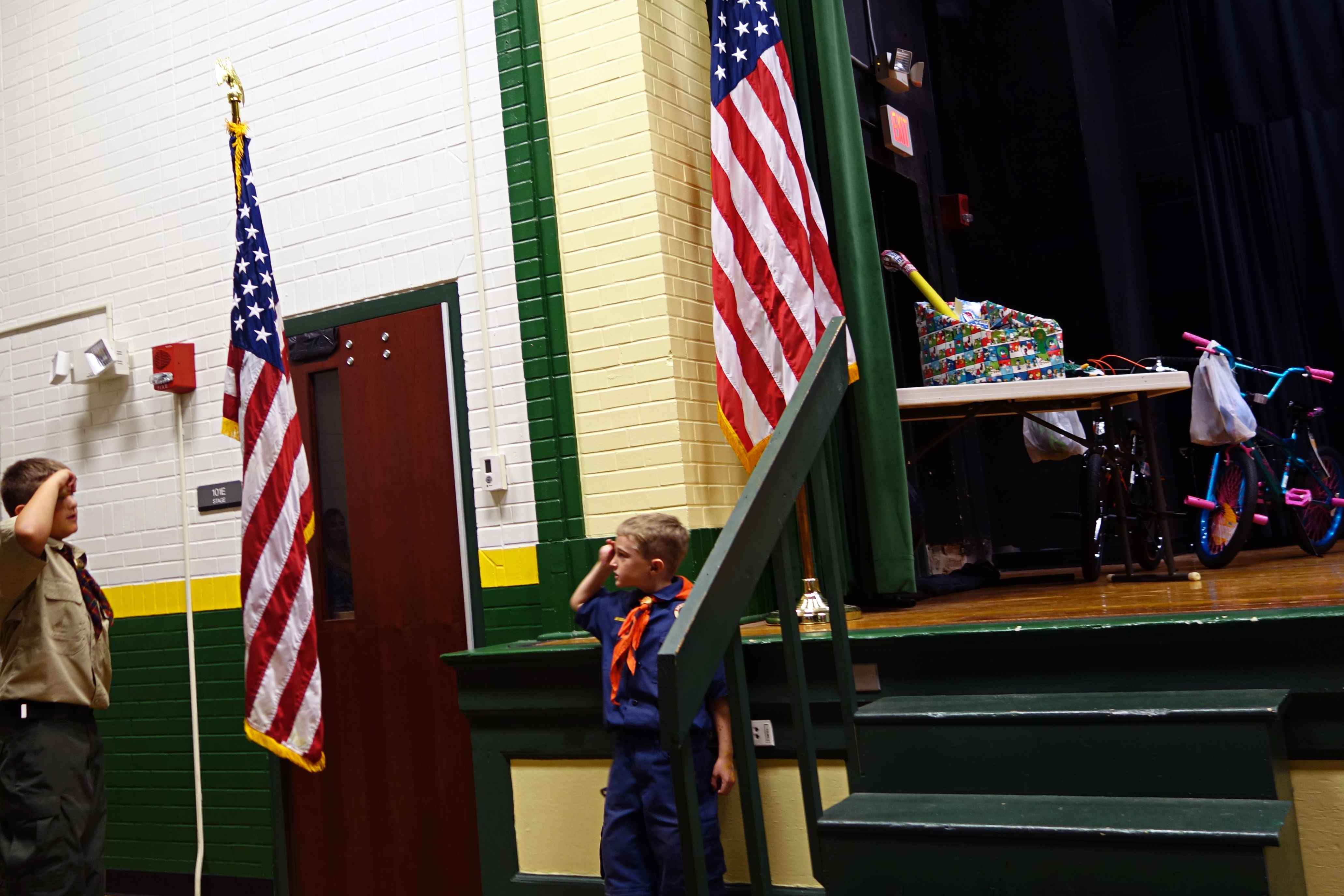 2017-11-01 3rd Grade Spelling Bee, Presentation of the Flag